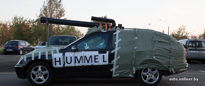 Фотофакт: минские любители танков переделали свои машины в «танкомобили»