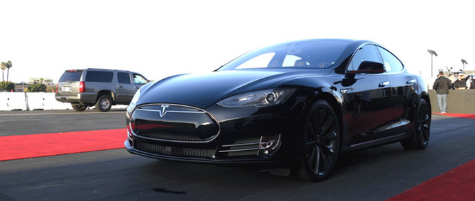 Tesla представила полноприводную Model S P85D, разгоняющуюся до сотни за 3,2 секунды
