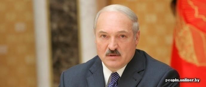 Лукашенко: девальвировать рубль не будем. Хотите обвала — бегайте по обменникам