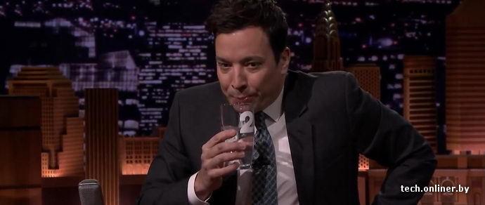 Билл Гейтс вынудил телеведущего выпить воду, добытую из канализации