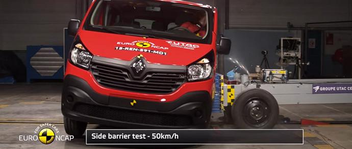 Новый Renault Trafic получил три звезды в тестах Euro NCAP