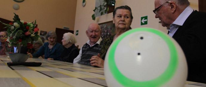 В России разработали робота-собеседника для пенсионеров
