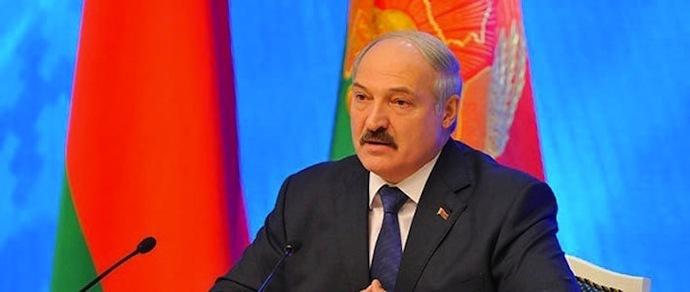 Лукашенко: «Мы установили плавающий курс, и, слава богу, он как-то стабилизировался»