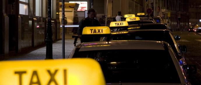 Гомельским пользователям мобильного приложения снизили цены на такси. В планах Гродно и Могилев