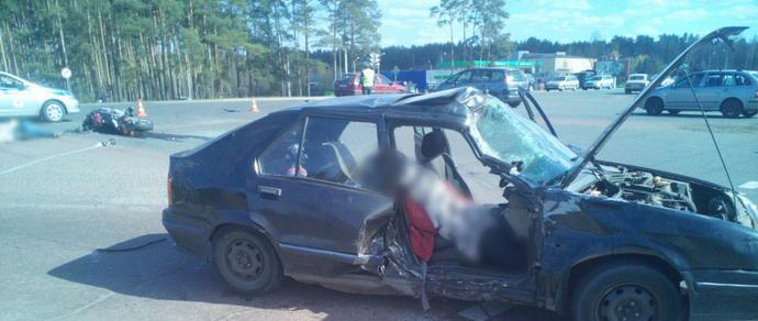 Левый поворот: при столкновении мотоцикла с Renault в Гомеле погибли мотоциклист и пассажирка машины
