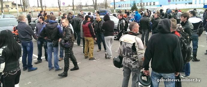 Мотоциклисты эмоционально пообщались с руководством ГАИ: нужен не только «кнут», но и «пряник»