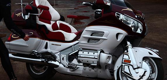 Honda Gold Wing: есть мотоциклы, а есть «Золотые Крылья» (вне конкурса)