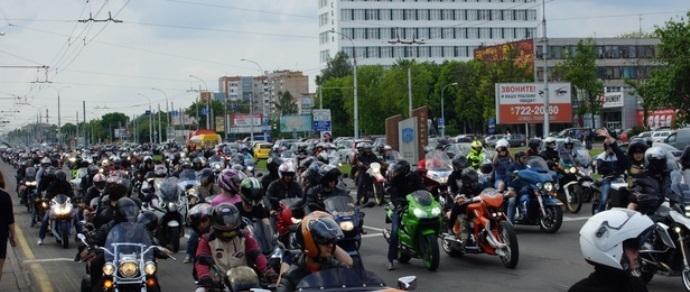 На байк-фестиваль «Брест-2015» приехало около 7 тысяч участников