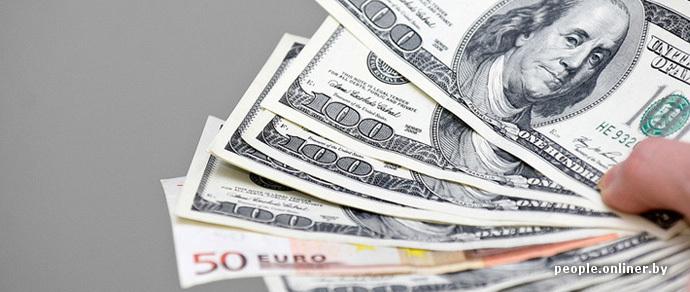 С начала года белорусы продали на $530 млн в эквиваленте больше, чем купили