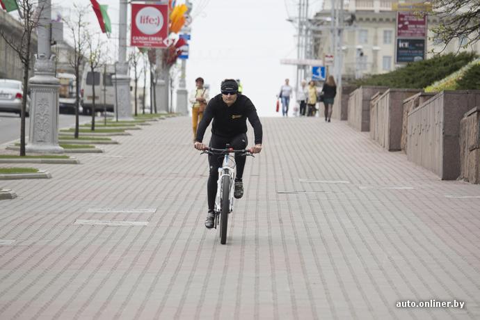 """""""Хватит нас убивать"""": велосипедисты пикетировали КГГА с требованием развивать велоинфраструктуру в Киеве - Цензор.НЕТ 4208"""