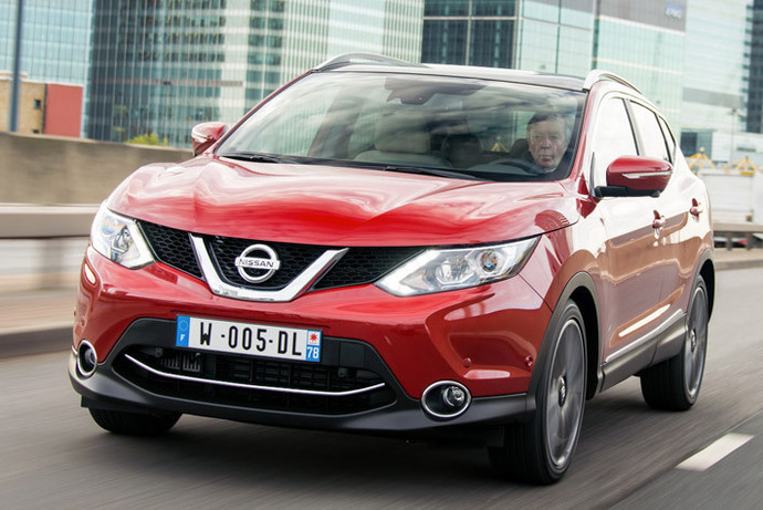Сегодня в России (а значит и у нас) базовый Nissan Qashqai стоит дешевле 14 тысяч долларов