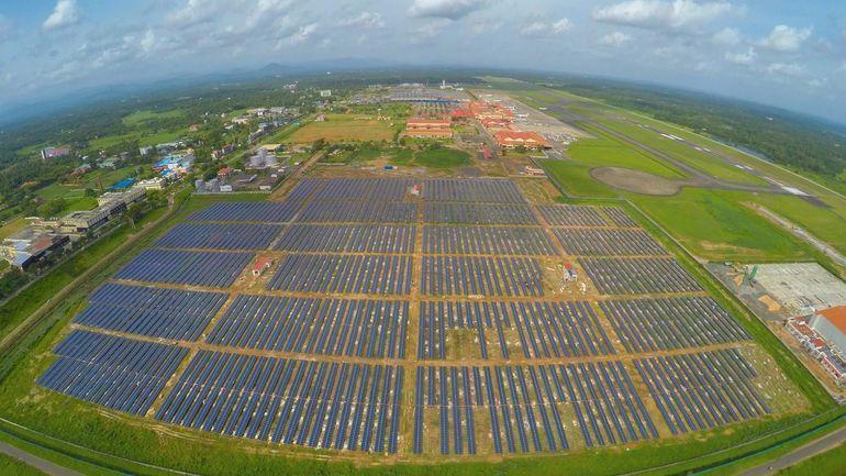 Индийский аэропорт впервые в мире будет работать полностью на солнечной энергии