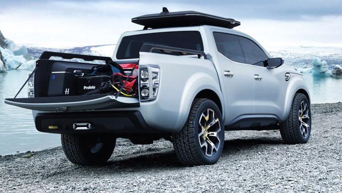 Renault показала стильный пикап, который поступит в продажу через полгода