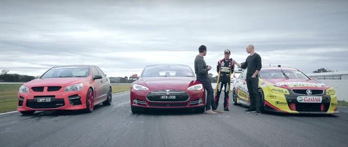 Что быстрее: Tesla Model S или туринговый болид австралийской серии V8 Supercars?