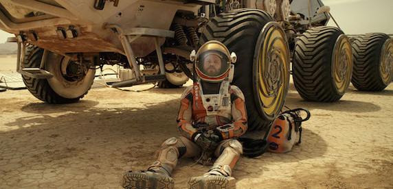 Марсианский Робинзон Крузо. Двойная рецензия на фильм «Марсианин»