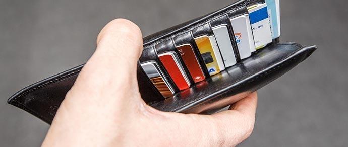 «Банки не могут отказать в возврате денег, если у вас нет SMS-оповещения». Нацбанк ответил на вопросы читателей Onliner.by