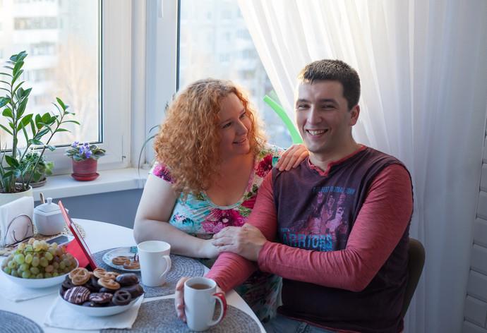 Сегодня в 8:00  «Поругались на форуме, созвонились, завели семью». История первой пары байнета — минчанина DmitryI и гродненки Очаровашки