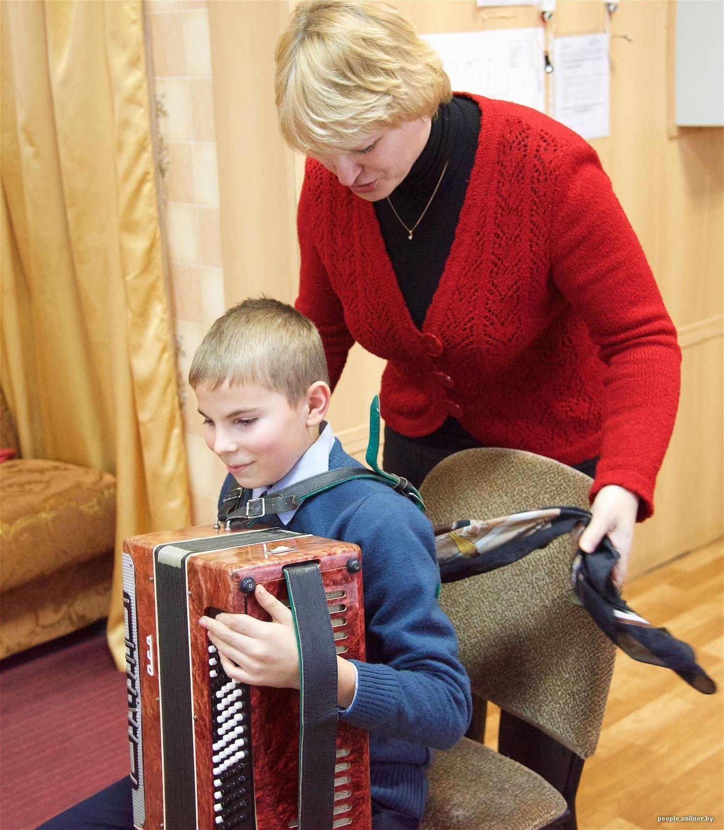 Рыжая учительница та еще штучка фото 288-926