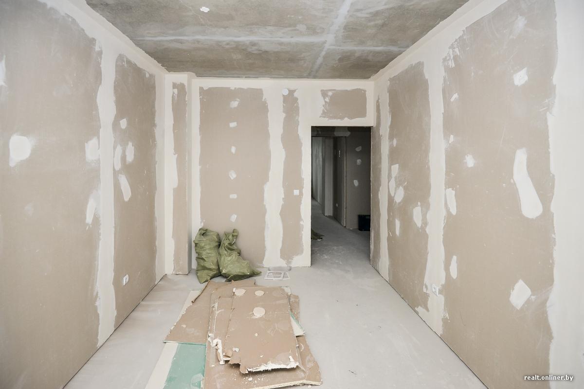 Сколько по времени занимает натянуть потолок