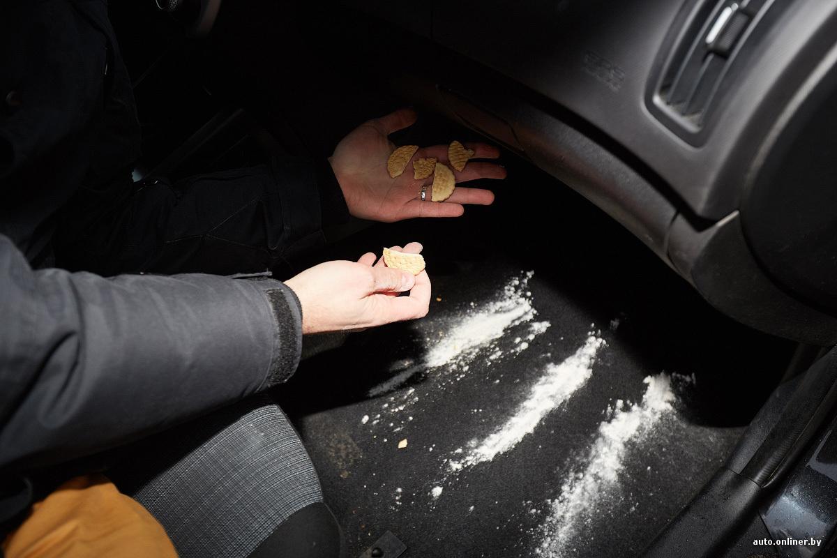 Не выходя из машины сосёт всем кто подходит видео фото 504-840