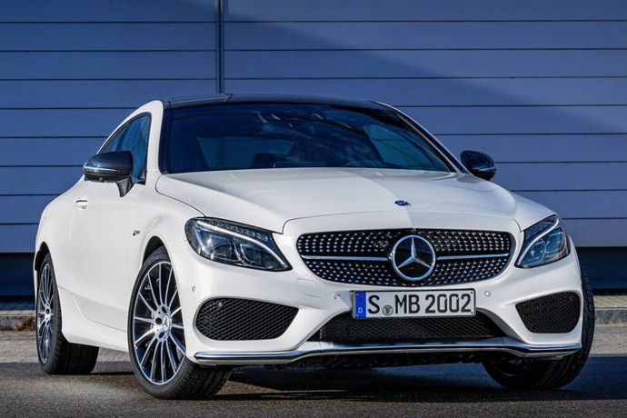 Mercedes представил AMG C43 Coupe с 362-сильным мотором