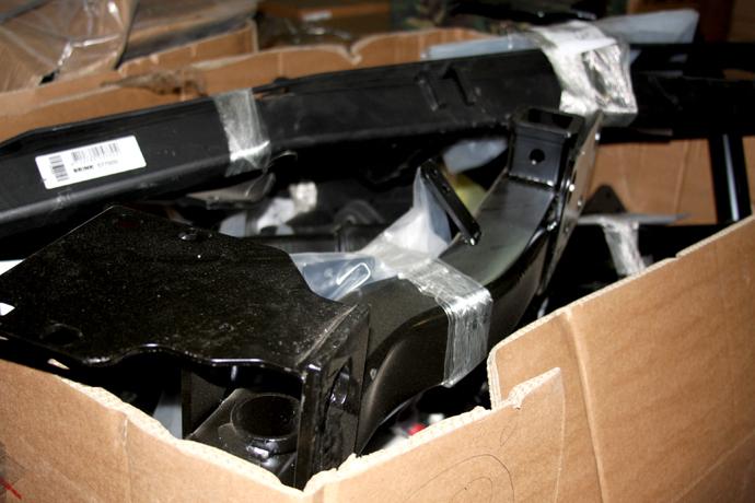 В Полоцке таможня изъяла у водителя почти 10 тыс новых автозапчастей, фото-2