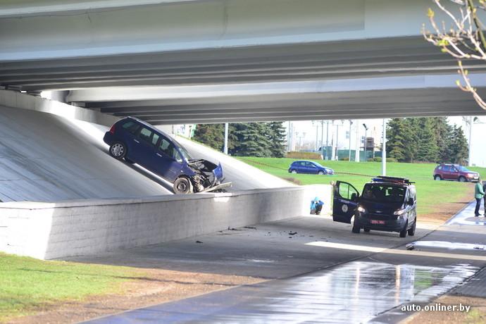 авария на орловской на мосту минск 20 апреля