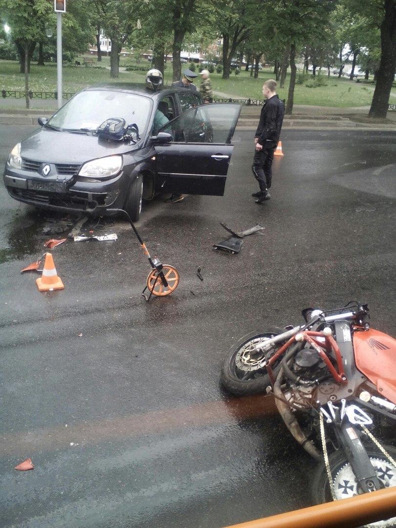 авария мотоциклиста в могилеве honda