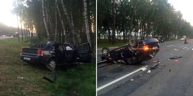 На Р1 Opel сбил лося и улетел в кювет. Очевидица: мы пытались хоть как-то обозначить место ДТП, а все пролетали, будто ничего не произошло