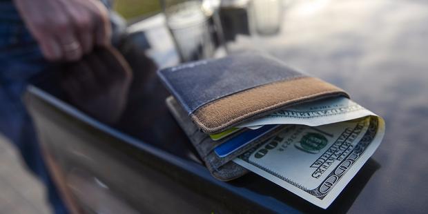 Женщина хотела купить «двушку» в Могилеве за $15 600 и перевела деньги мошеннику в Португалию