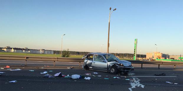 На МКАД столкнулось три автомобиля. Один человек погиб