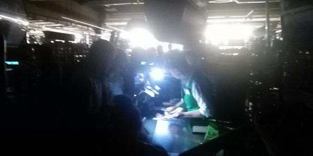 В столичном ТЦ «Скала» произошла авария в электросети. Свет погас во всех помещениях