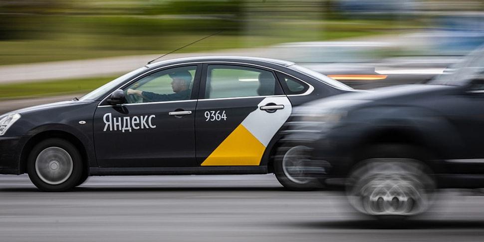Минтранс: таксисты должны состоять в трудовых отношениях с перевозчиком. Минтруда: требования нет