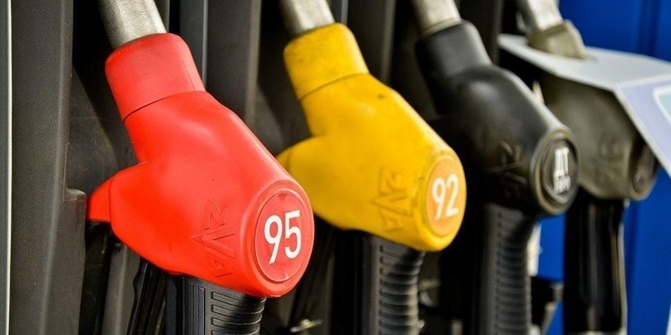 «Белнефтехим» ответил, почему топливо дорожает именно на копейку