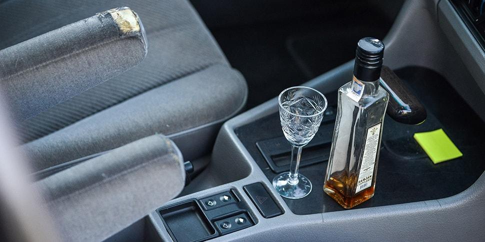 «Немного выпил, сижу в машине и никуда не еду — могут ли лишить прав?» Вопросы о пьяном вождении