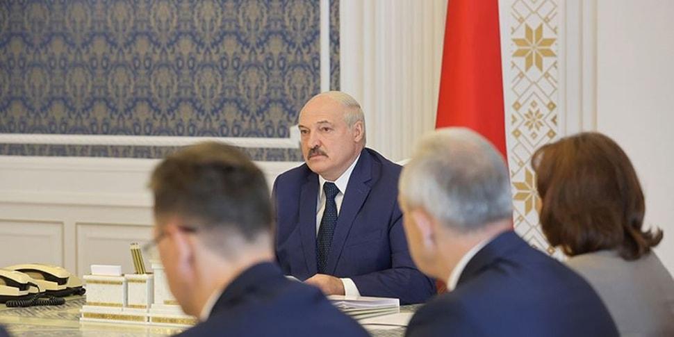 Лукашенко поручил разобраться с бизнесом, который не платит налоги