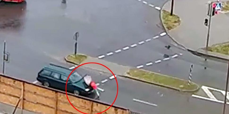 Девок на камеры улица видео
