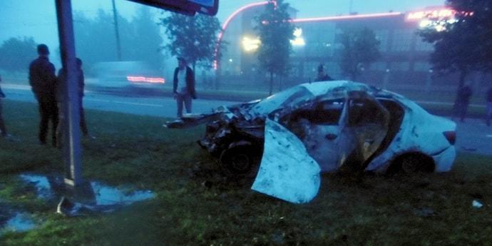 В Витебске опрокинулось такси, пострадал водитель и двое пассажиров