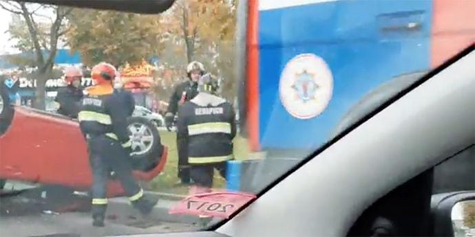 В Минске перевернулась Toyota iQ