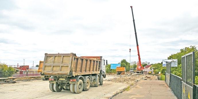Путепровод на Железнодорожной ремонтируют 10 человек. Закончат работы к маю 2020 года