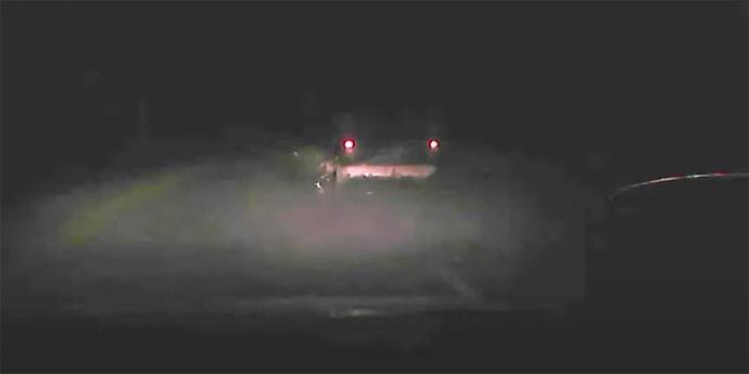 На видео показали погоню за пьяным водителем со стрельбой(видео)