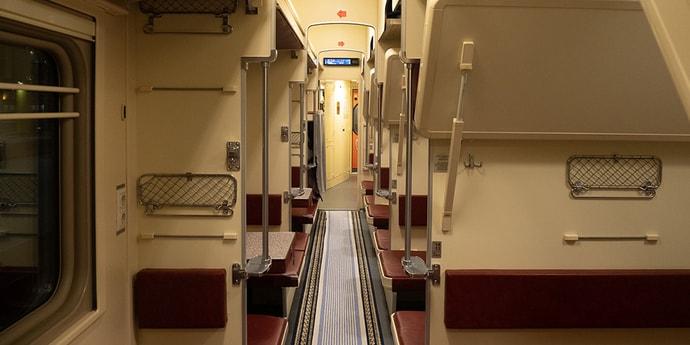 Из-за коронавируса БЖД отменяет поезда в Польшу, а РЖД — в Германию и Францию