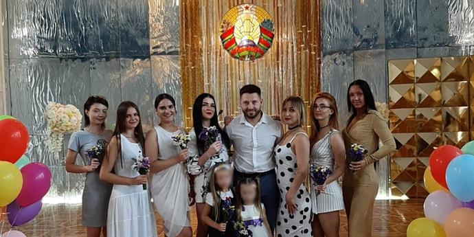 Восемь жен насчитали в свидетельстве о браке у гродненца