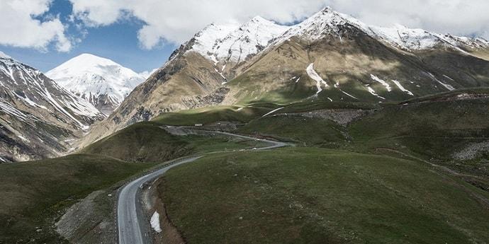 Три белоруски пропали в горах в Грузии. Их ищут спасатели