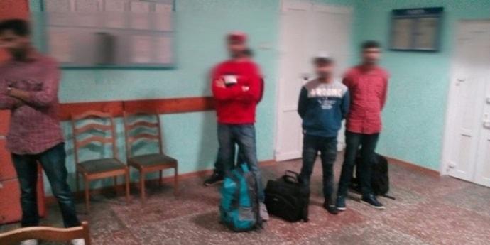 Армянин пообещал индийцам трансфер из России в ЕС за 1000 евро, а потом кинул их в Беларуси