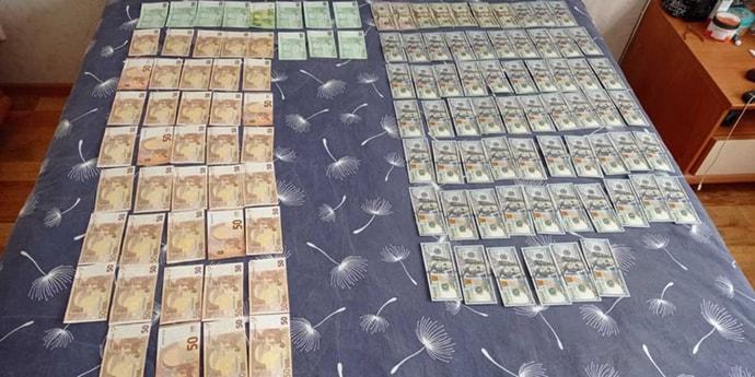 СК объясняет обыски последних дней: искали теневое движение денег