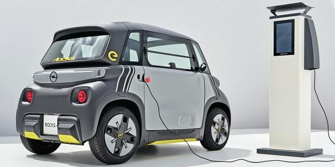 У Opel появился крохотный электрокар. Лизинг будет стоить как проездной