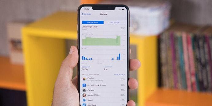 Apple объяснила заботой блокировку батарей для iPhone, установленных «на стороне»