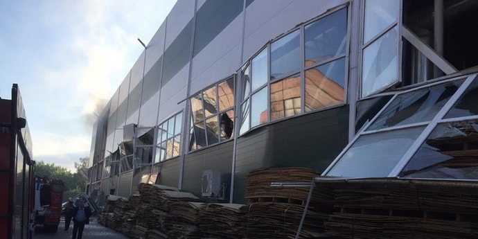 Взрыв на предприятии в Бобруйске: волной выдавило стены, три человека пострадали