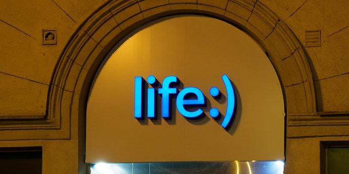 life:) запустил удаленное подключение eSIM